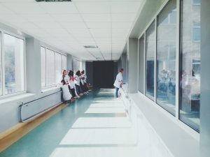 coronavirus_seguro_privado_publica_hospital